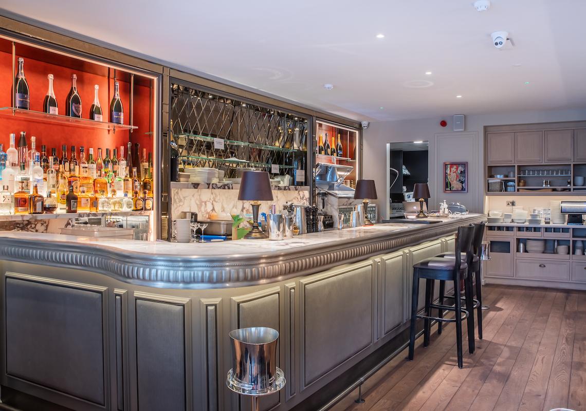 cocktail bar lighting